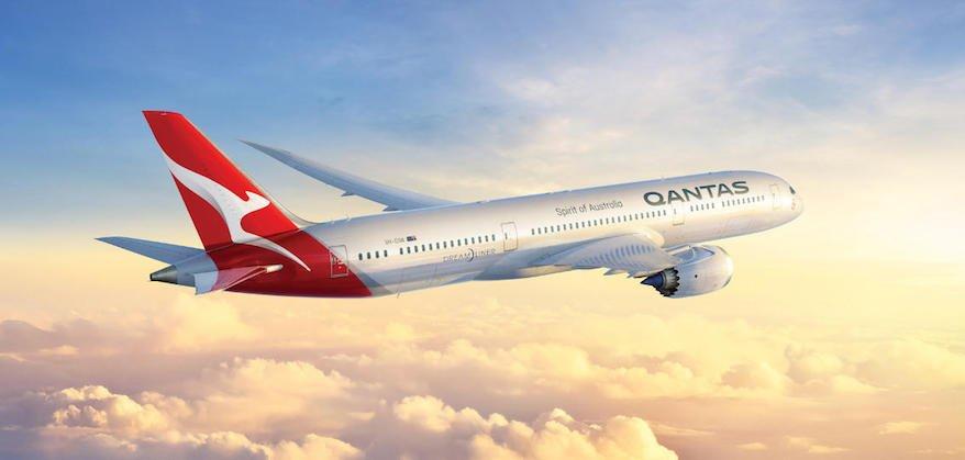 Win a share of 10 million Qantas Points for your #business...https://t.co/jJ5hZ5kHRm https://t.co/qxS7H9pZIq