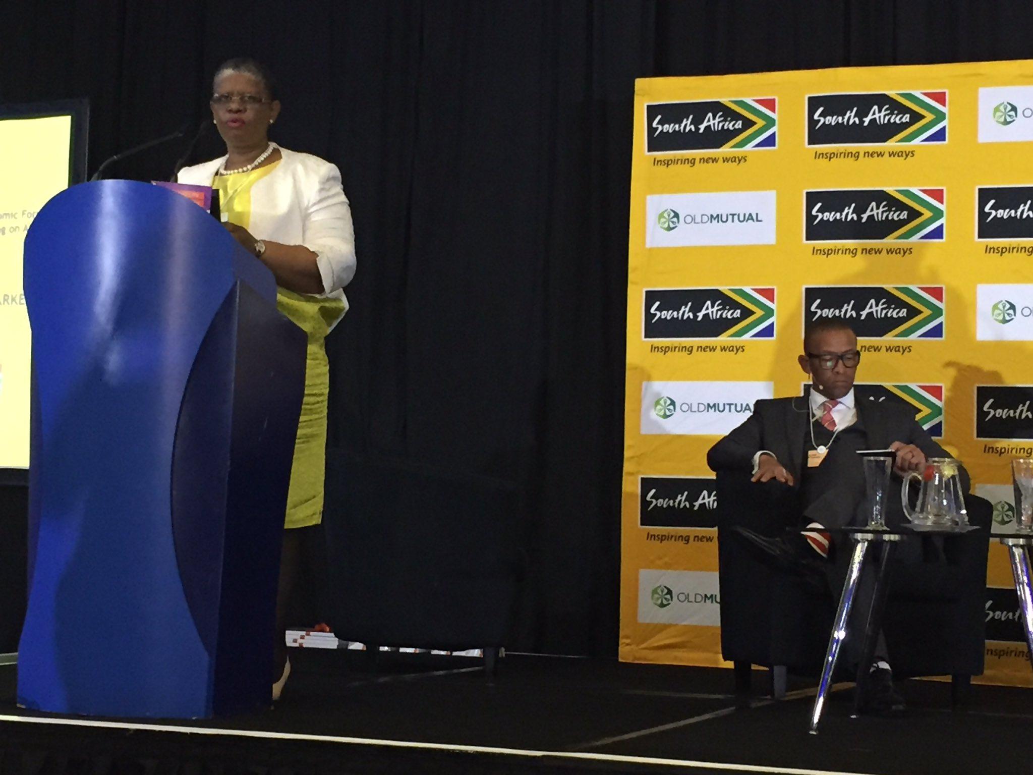 #ZandileGumede - eThejwini Mayor closes the #BrandSAYouthBreakfast #WEFAfrica2017 #connectingAfrica cc @Brand_SA @Andile_Khumalo https://t.co/AjJRH9aCOB