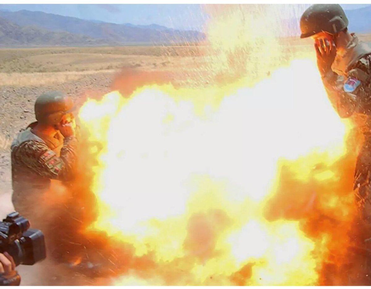 مجندة , مصورة أمريكية توثق لحظة وفاتها بكاميرتها C-5VBCpWsAAtsOw