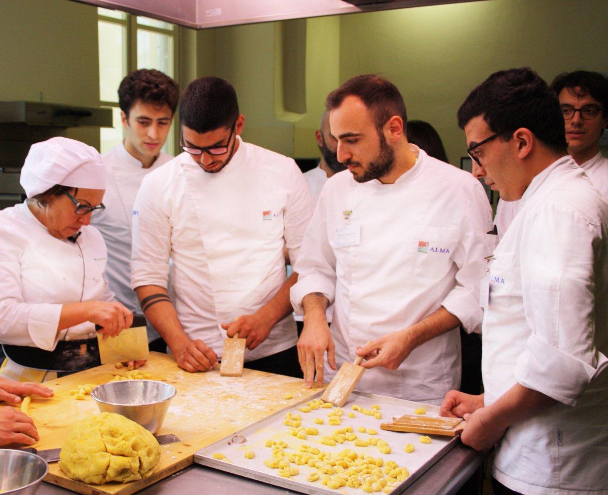 Alma scuola cucina twitter chef mariuccia ferrero del san marco di canelli porta i sapori - Alma scuola cucina ...