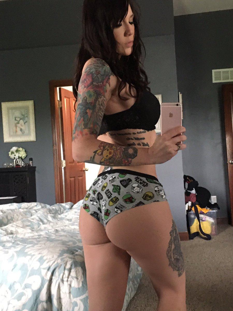 Twitter Erica Fett nudes (95 photo), Tits, Is a cute, Feet, see through 2015