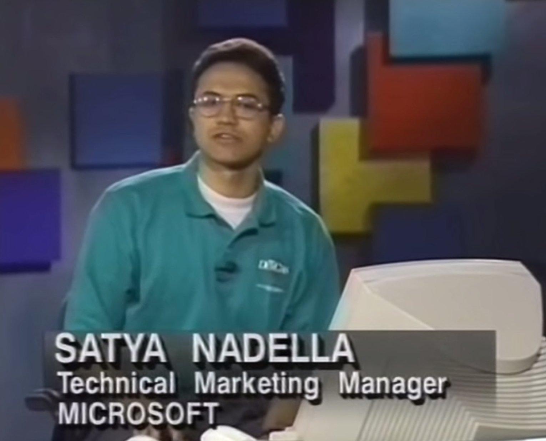 New LinkedIn Profile picture for @satyanadella #MSBusinessFwd #MSDYN365 https://t.co/8NdJIyK6mX