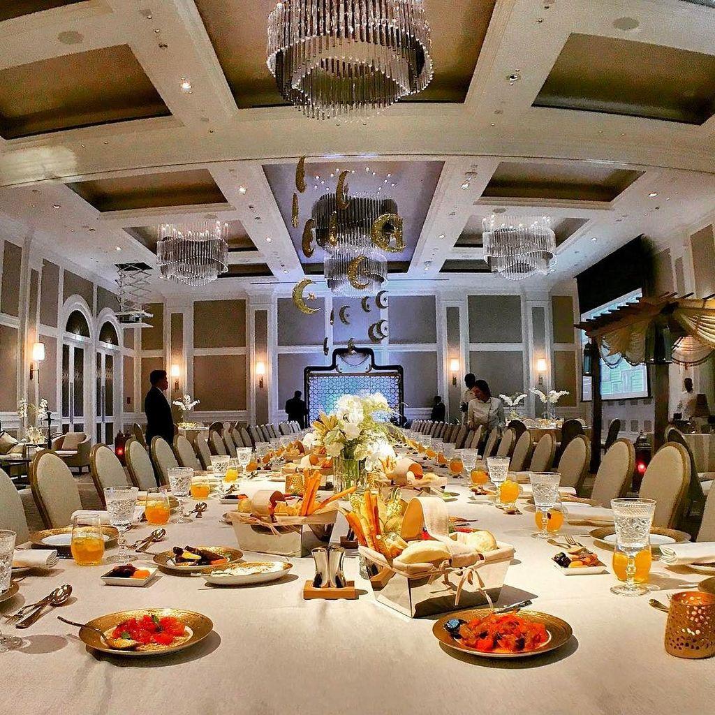 Ahmed salem on twitter the iftar setup adhboulevard ramadanboulevard adhboulevard mydubai luxury luxuryhotel destinationhotels du