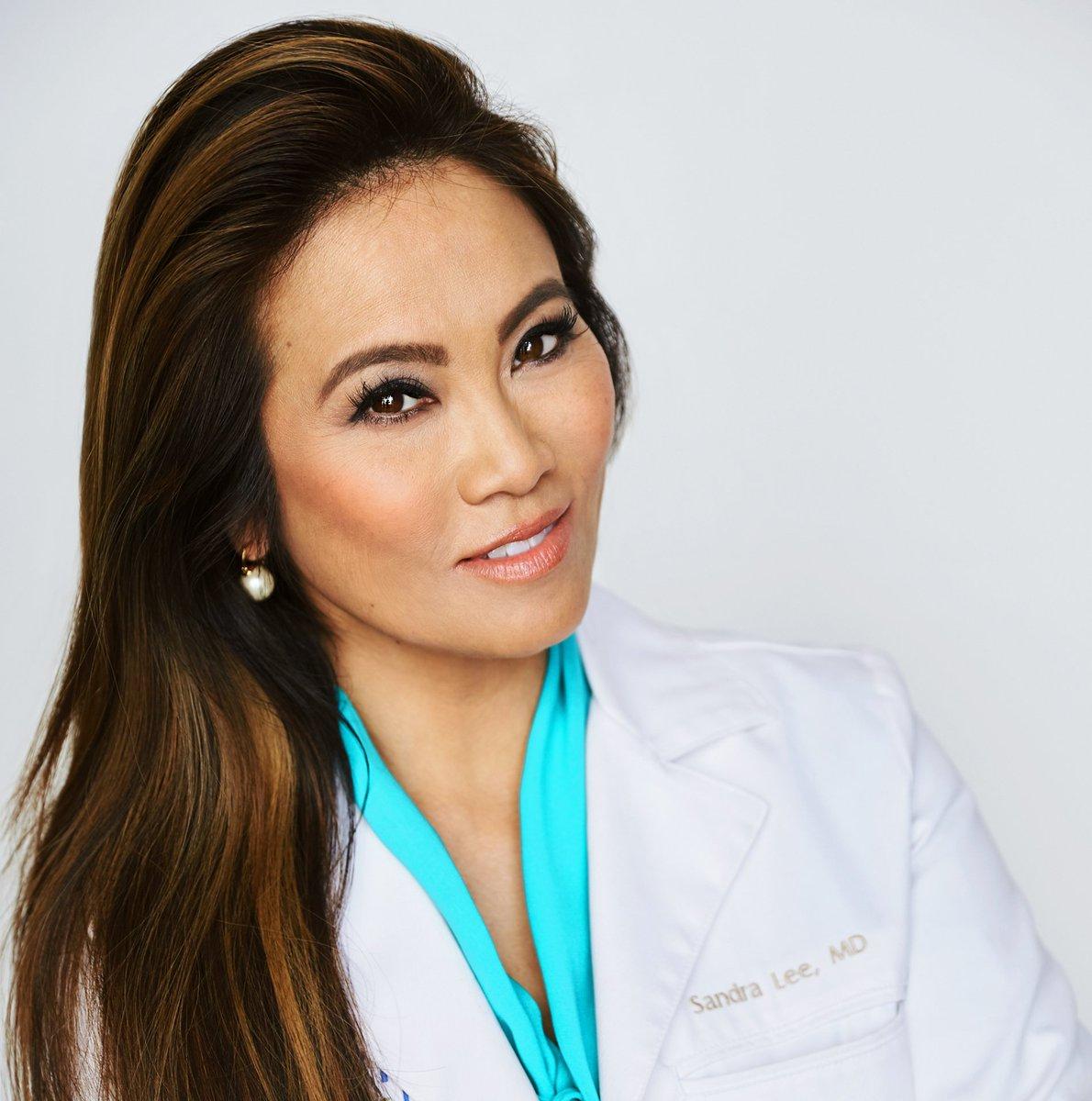 Dr Sandra Lee Dr Pimple Popper Appeal Blackhead Videos