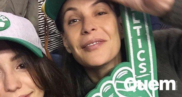 Parecem irmãs, né?  Carolina Ferraz comemora formatura de filha nos Estados Unidos: 'Te amo filha' https://t.co/WxzTTlILdw