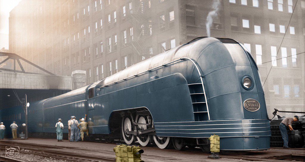 Trains from the 1920/30s looked so much more futuristic and beautiful than any form of transportation today. https://t.co/Rs5CbqmN8O