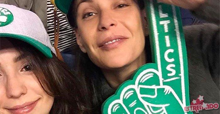 Carolina Ferraz compartilha conquista da filha: Orgulho de mim mesma por esse ser humano lindo que criei! https://t.co/a8LJToT9pV