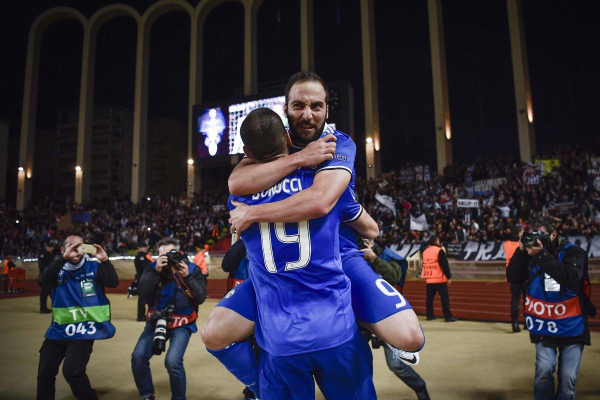 Champions: Monaco-Juventus 0-2, doppietta Higuain, si prospetta la finale Juve-Real Madrid