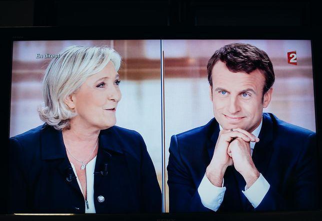 Non, Emmanuel Macron n'était pas ministre au moment de la vente de SFR https://t.co/G66Rk57Ibh
