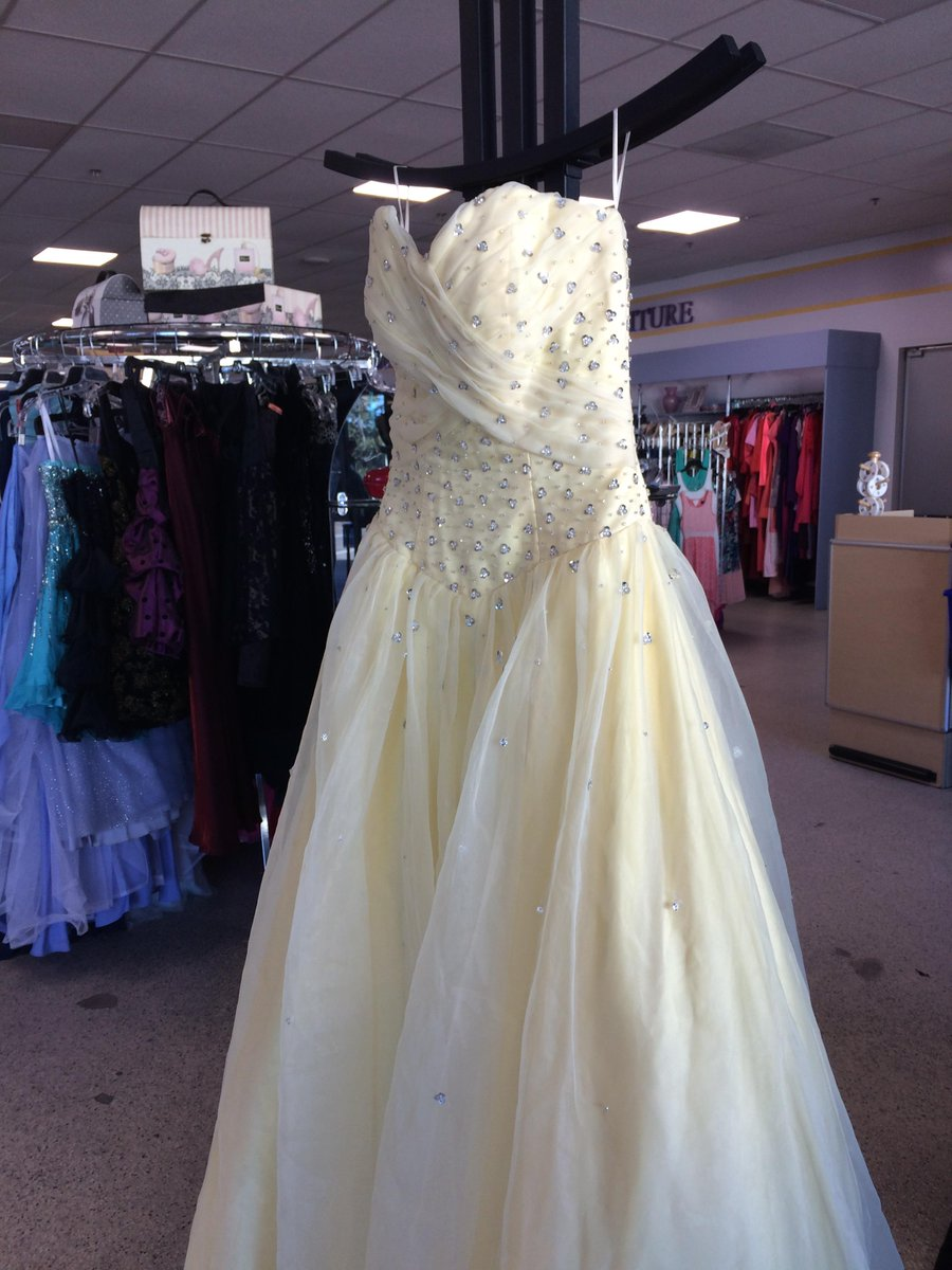 Nice goodwill prom dresses gallery princess wedding for Donate wedding dress goodwill