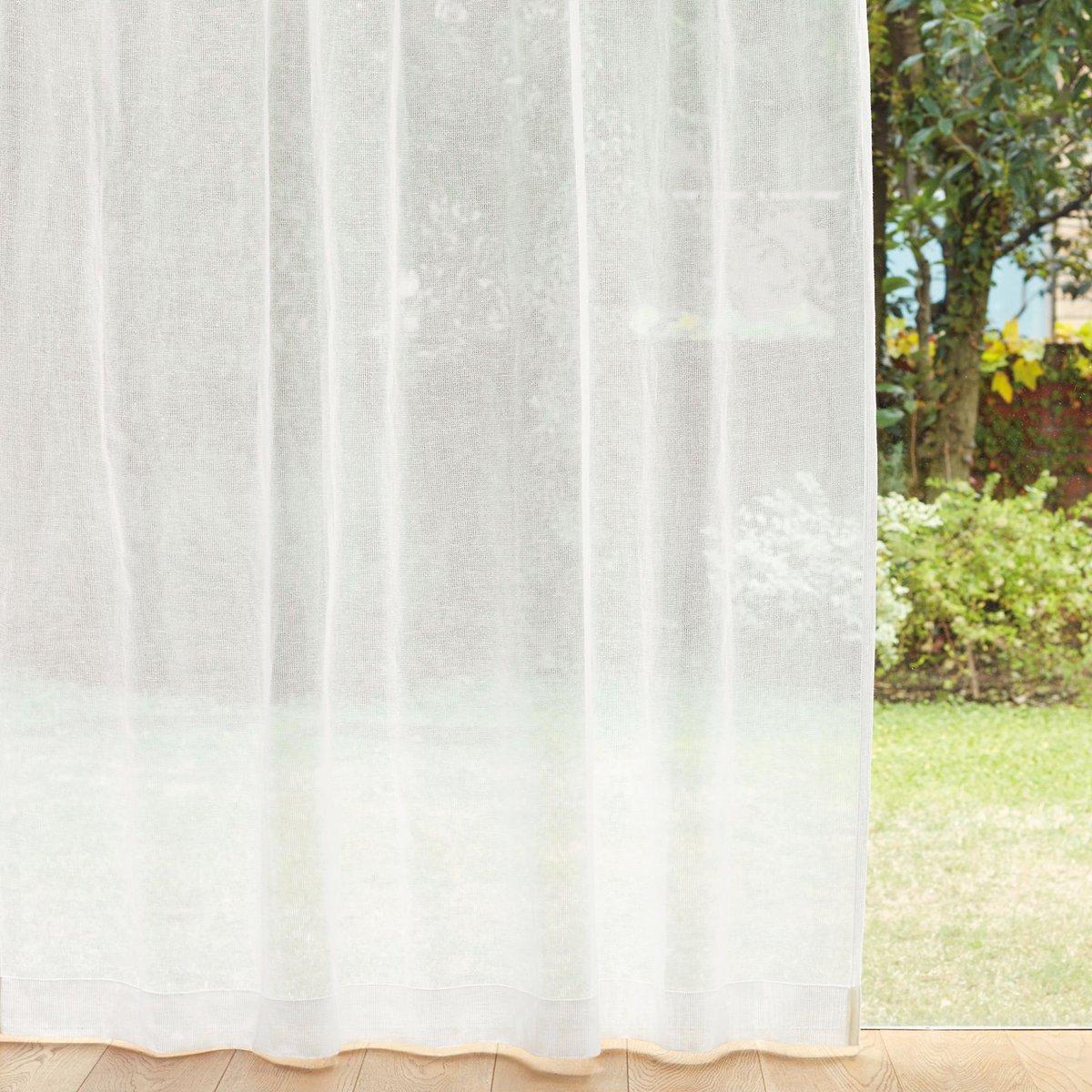 しなやかな綿とシャリ感のある麻を使用した「綿麻からみ織レースカーテン」や、透け感のある綿麻生地に「七宝繋ぎ」の刺繍を施した「綿麻刺繍カーテン」は、これからの  ...