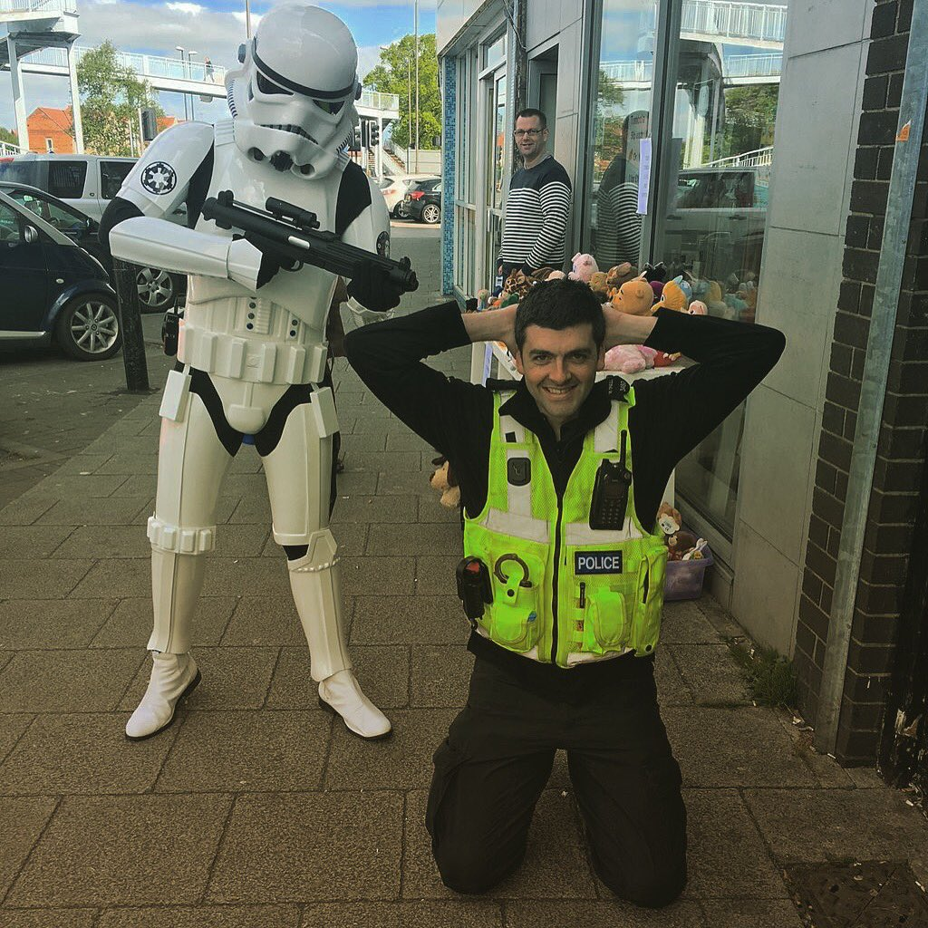 There's been a disturbance in the force...in Chellaston. #StarWarsDay #MayTheFourthBeWithYou https://t.co/I6HwQmNAne