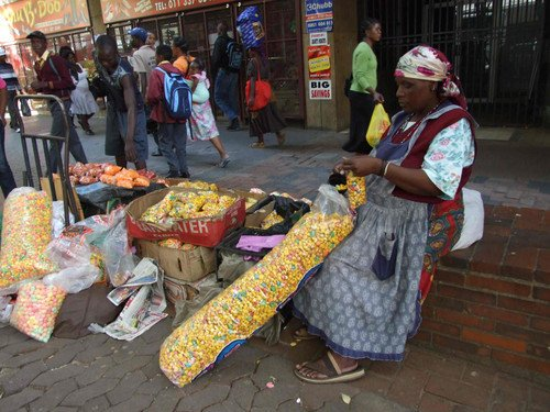&quot;@Sibongile_Dust: #KasiTaughtMe to always give respect and to never look down on street vendors <br>http://pic.twitter.com/SHQgpDYDjE&quot;