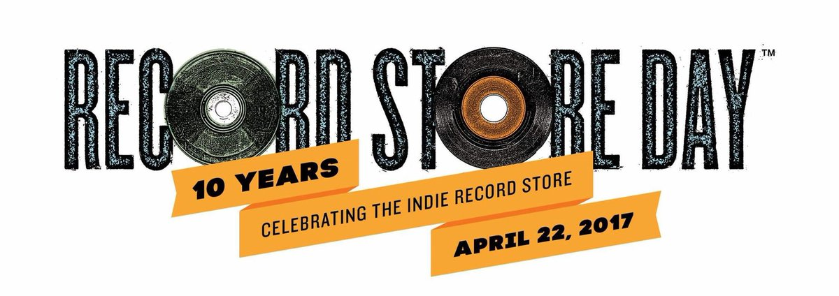 HAPPY RECORD STORE DAY! #RSD17 https://t.co/t8GSXcXUzK