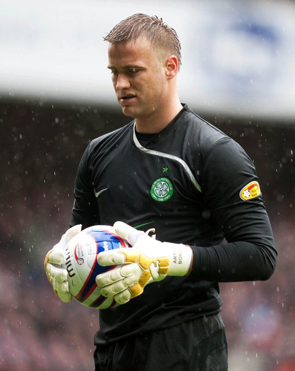 #WouldYouRather?   RT - @ArturBoruc  LIKE - @therealgreegsy1   #Celtic #Rangers https://t.co/939lfp6kz6