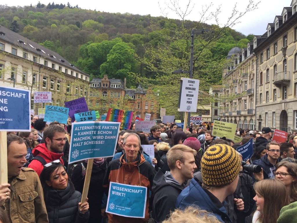 RT @BLugger Wir gehen los #marchforscience #Heidelberg https://t.co/OlN3YPfPyi @sciencemarchhd @sciencemarchger