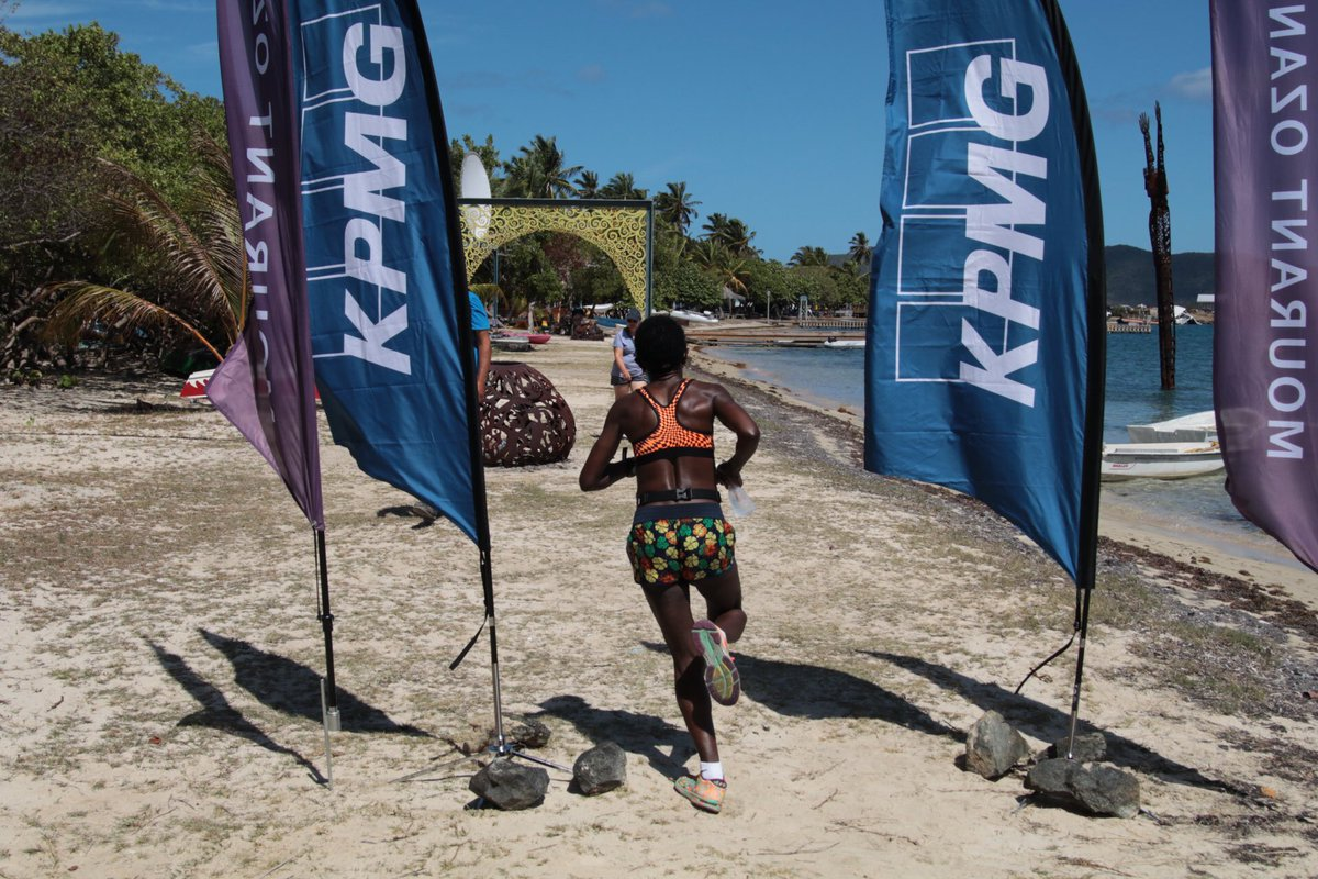 We have a new 3-person team record! Team Three de Hard Way finished in an amazing 4:58:06 #bvi #ultramarathon <br>http://pic.twitter.com/R4QNIKqZir