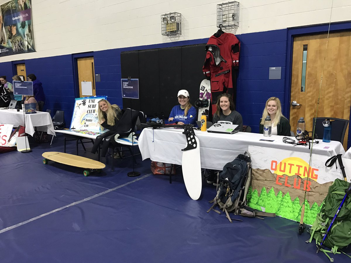 The club fair in the campus center is set up and ready! Check it out when you get a chance! #UNEday17 #UNE <br>http://pic.twitter.com/cSzk1MQVad
