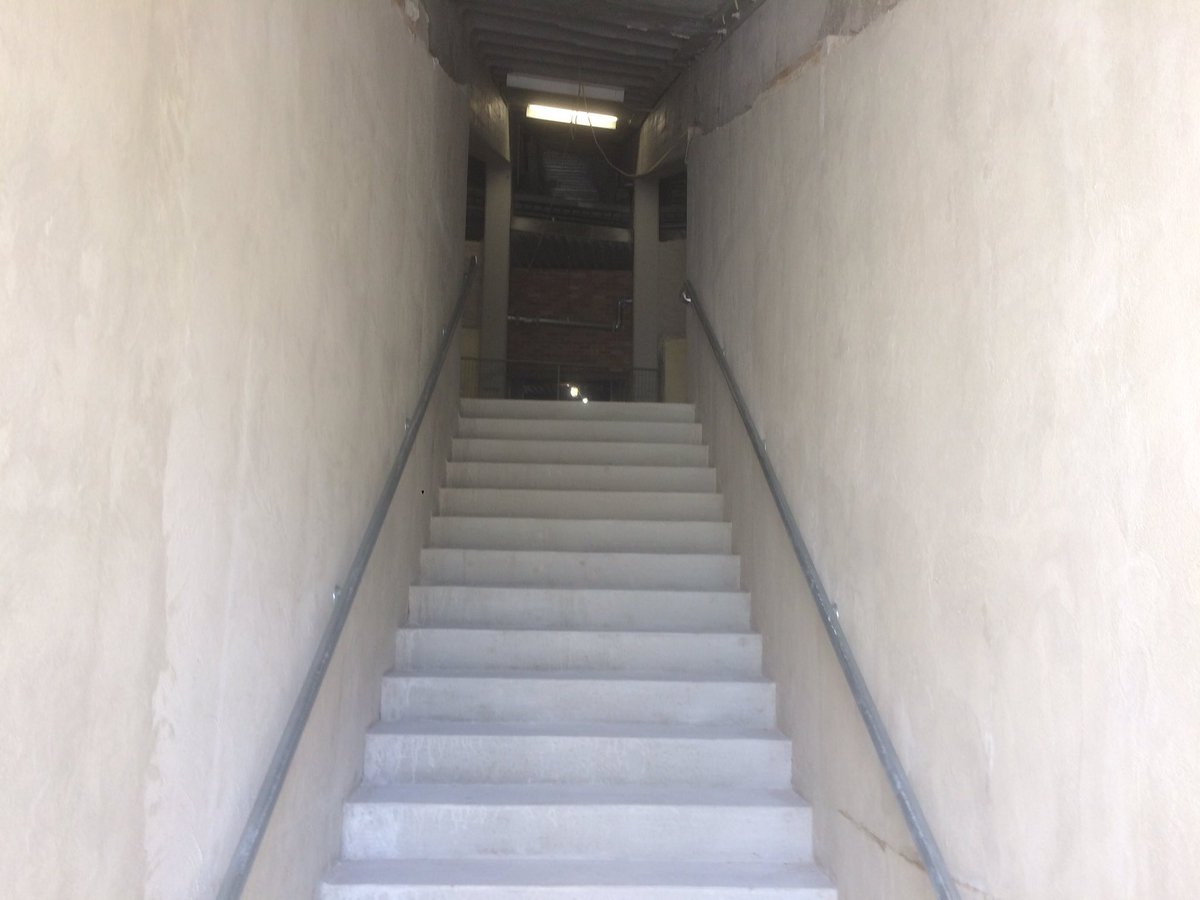 Angelo Di Carlo On Twitter The New Visiting Team Tunnel At Notre Dame Stadium May Just Be Single File Lol Unless The Guys Are My Size Coming Out Maybe 2 Https T Co Kygldlms89