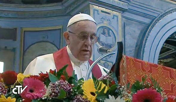 Pope Francis at Sant&#39;Egidio: &quot;We need everyday heros!&quot; #amentothat #letsbeheros #prayer #martyrs #hamel #william <br>http://pic.twitter.com/Cr9vnrZeFl