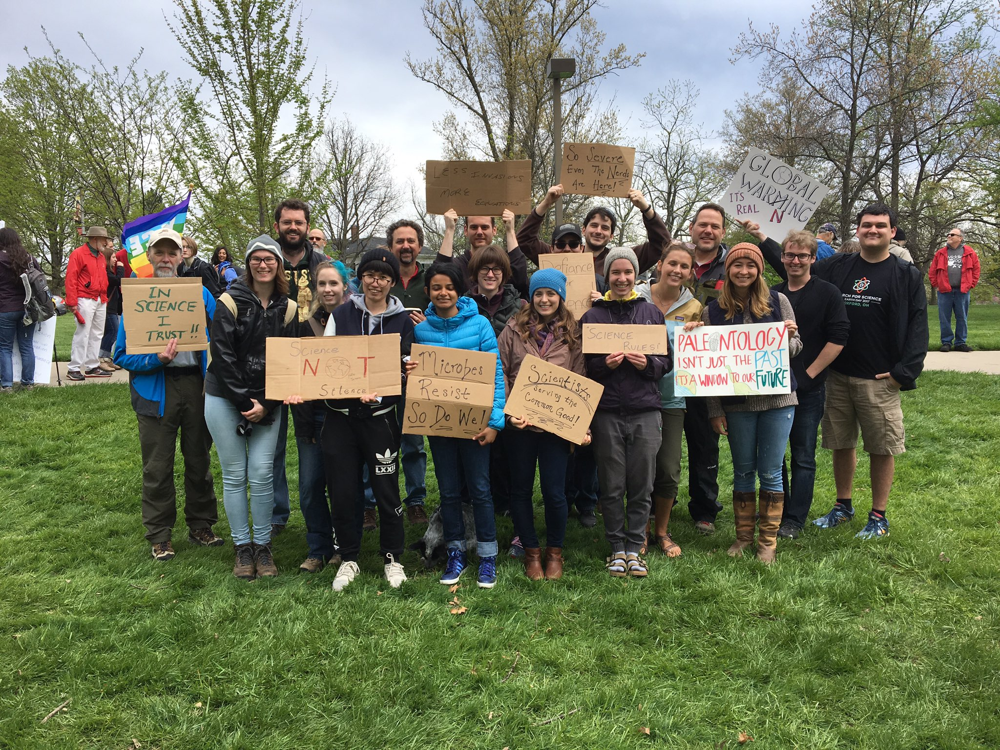March for Science taking place in Oxford, OH today! #ScienceMarch #science @miamiuniversity @PresGreg @RenateJCrawford join us uptown! https://t.co/R7kHOyGJc1