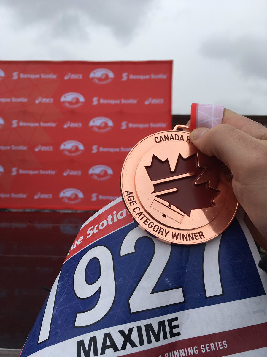 Can&#39;t win ´em all, still happy w/ 3rd  30-34AG @RunCRS #5km #scotiahalf @scotiabank. Nice race organization. 18:29 (about 1min over target)<br>http://pic.twitter.com/8buVYwk30A