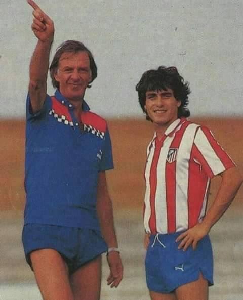#CésarMenotti and #PauloFutre at #AtléticoMadrid (1987/88). <br>http://pic.twitter.com/GlvAow9geu