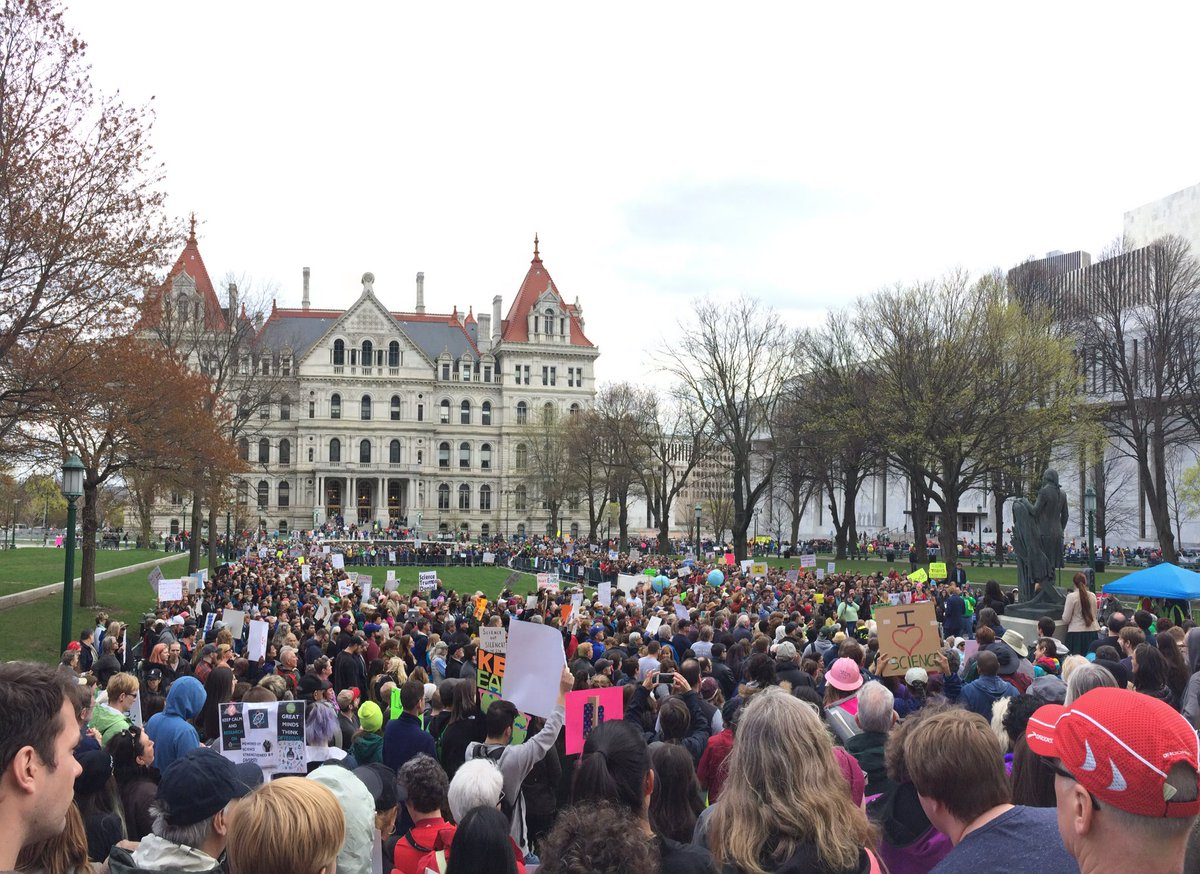 From the Science March event in Albany this afternoon. https://t.co/KF8AE0Ebks