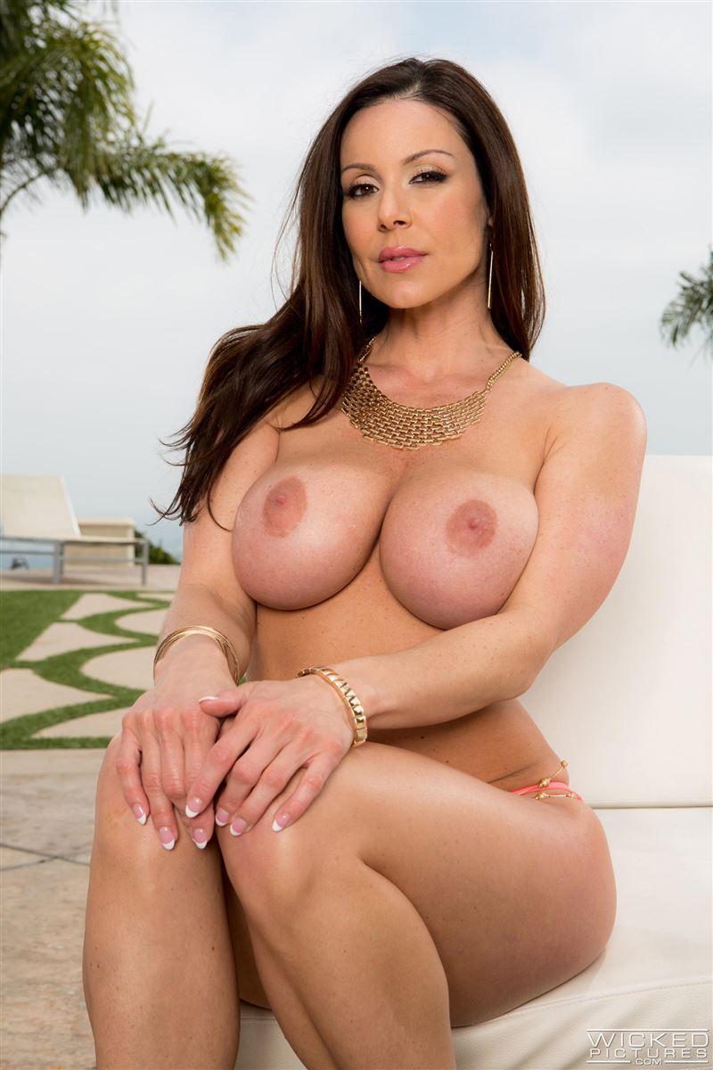 kendra lust nude pics