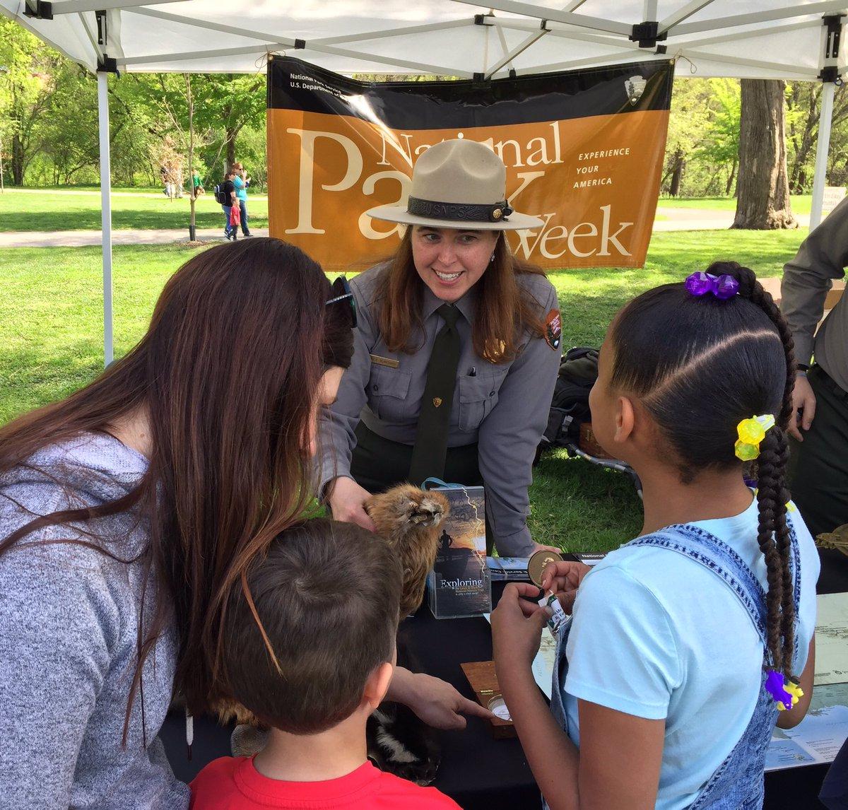 What a perfect  day to celebrate #EarthDay  in #Omaha #NE! #ParkWeek #FindYourPark #NPS101 @EarthDayOmaha<br>http://pic.twitter.com/pAdBLbYlTd