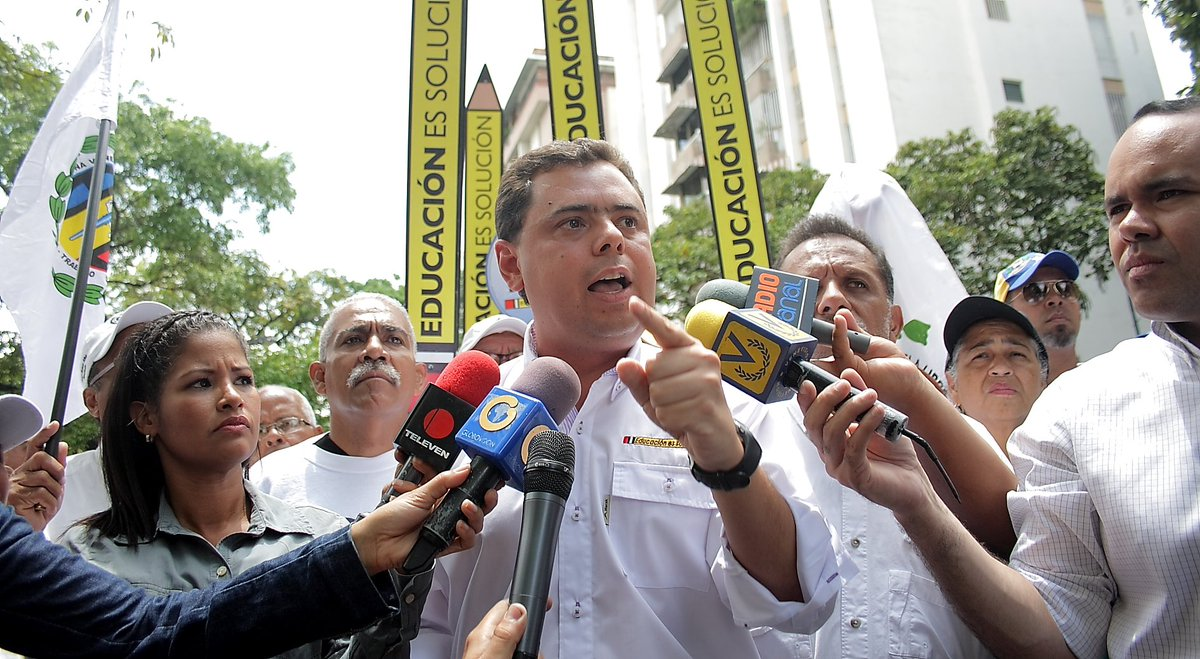 Ecarri a Pedro Carreño: Con tus amenazas cobardes no nos harás retroceder https://t.co/OHezNjhsYW https://t.co/Ol2Im83Fm4