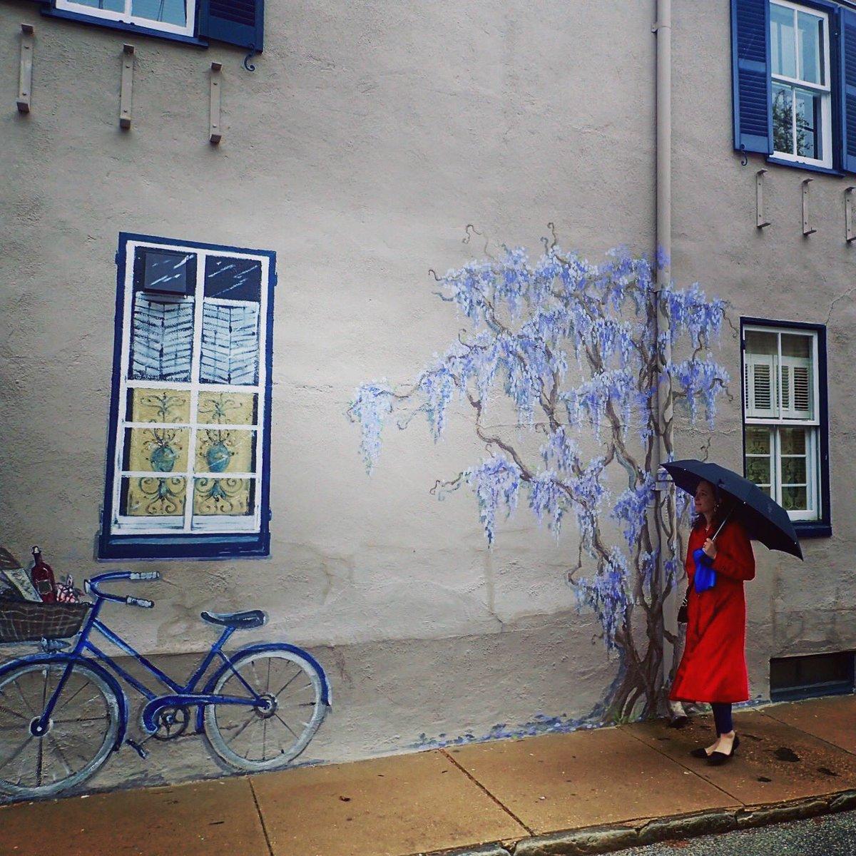 Annapolis wall art  -- what's real and what's not? #wallart #graffiti #rain #Annapolis
