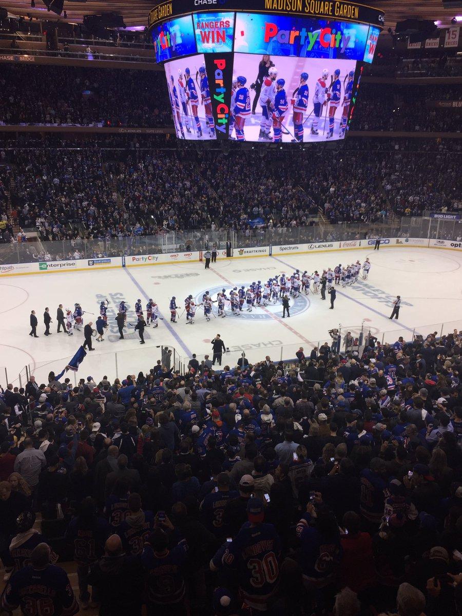 Good hockey game eh? #nyrvsmtl #StanleyCup https://t.co/CMLsu2voeB