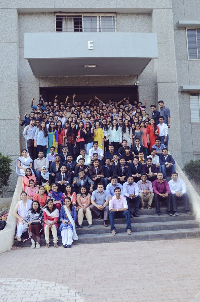 BE COMPUTER BATCH 2016-17 We will miss this college Best luck all of you for your Future..!! #farewell  @principalviit @viit_pune <br>http://pic.twitter.com/nXxkb4pdWj