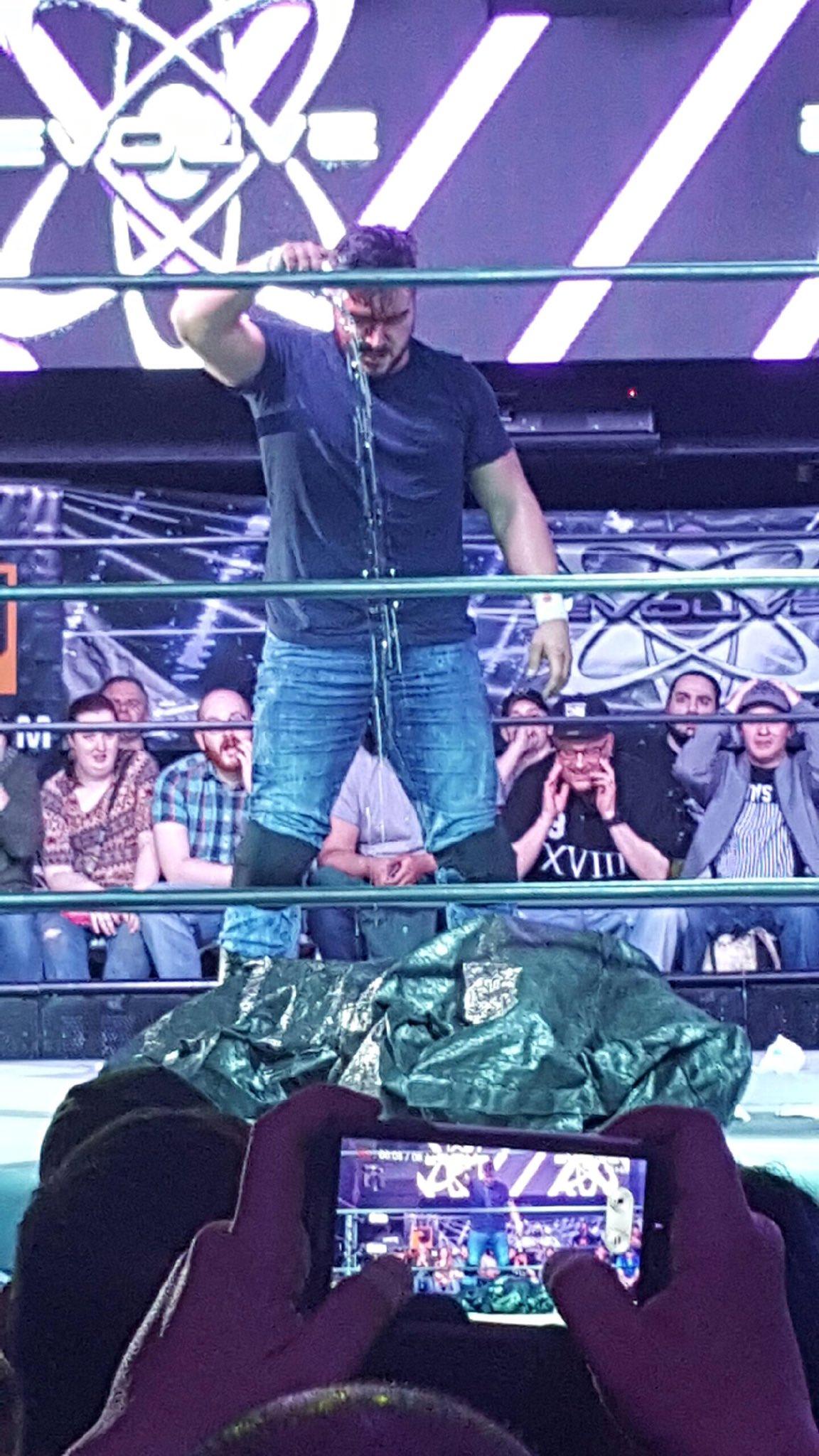 Resultados e imágenes de EVOLVE 82 - ¡Ethan Page envía a Darby Allin de vuelta al hospital! 3