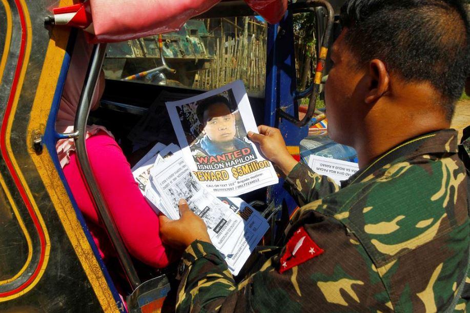 Philippine troops kill three more militants on tourist island