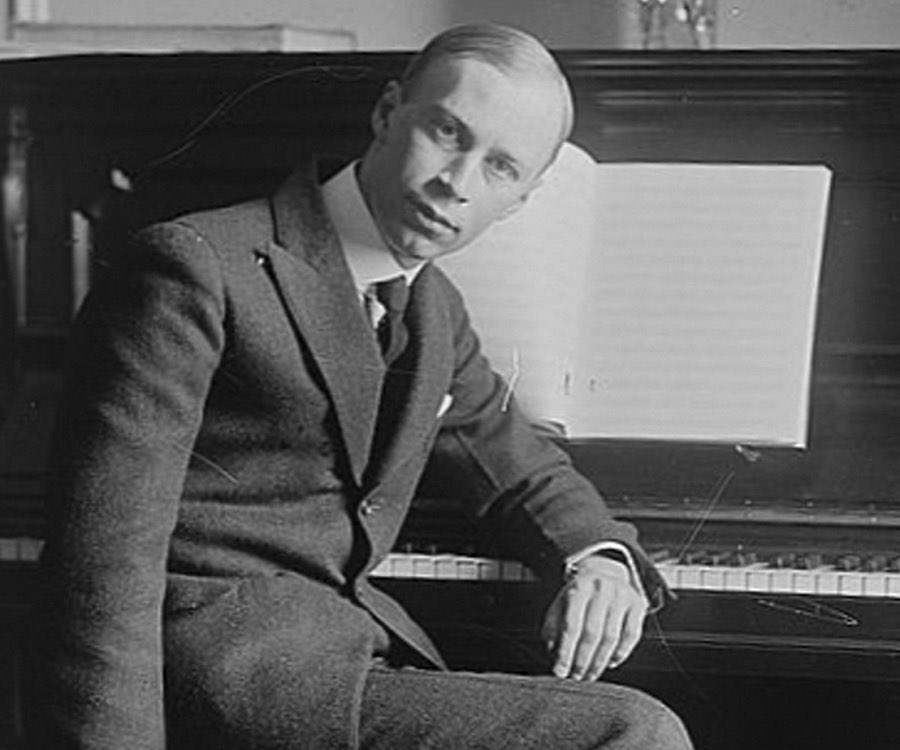 April 23rd is Prokofiev&#39;s birthday. Check out &quot;Peter and the Wolf&quot; a great introduction to the instruments of the orchestra #ClassicalMusic <br>http://pic.twitter.com/PWFN1KHZ0P