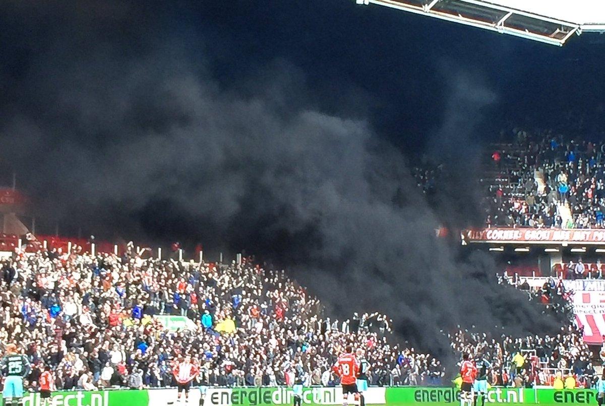 GRAZY fans #PSV #Eindhoven #AJAX #psvaja #psvajax<br>http://pic.twitter.com/QE4zeAXot6