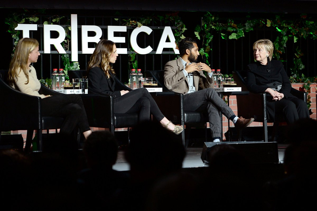 #HillaryClinton makes surprise appearance on panel at #tribecafilmfestivall in New York https://t.co/MidRHyT2W3