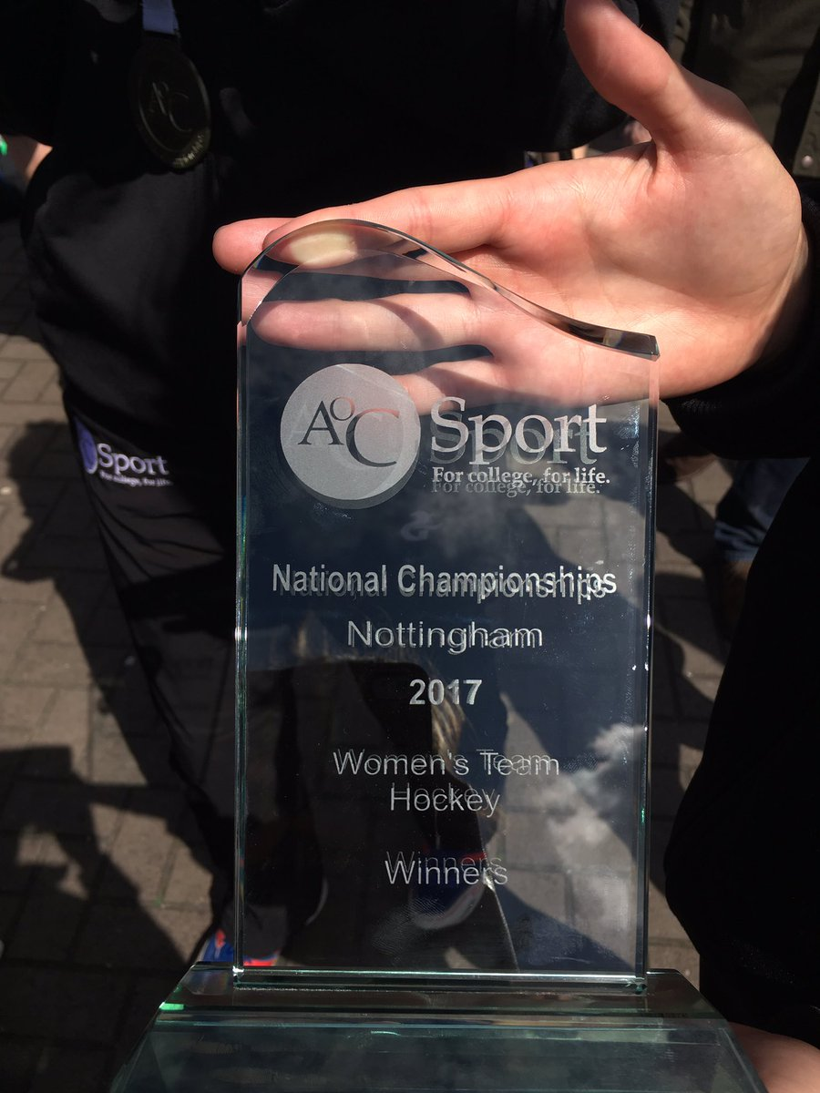 What it&#39;s all about, why we play sport, the ups the downs all worth it when you get that win #champions @GreenheadSport @AoC_SportComps<br>http://pic.twitter.com/5FvdhvUg8k