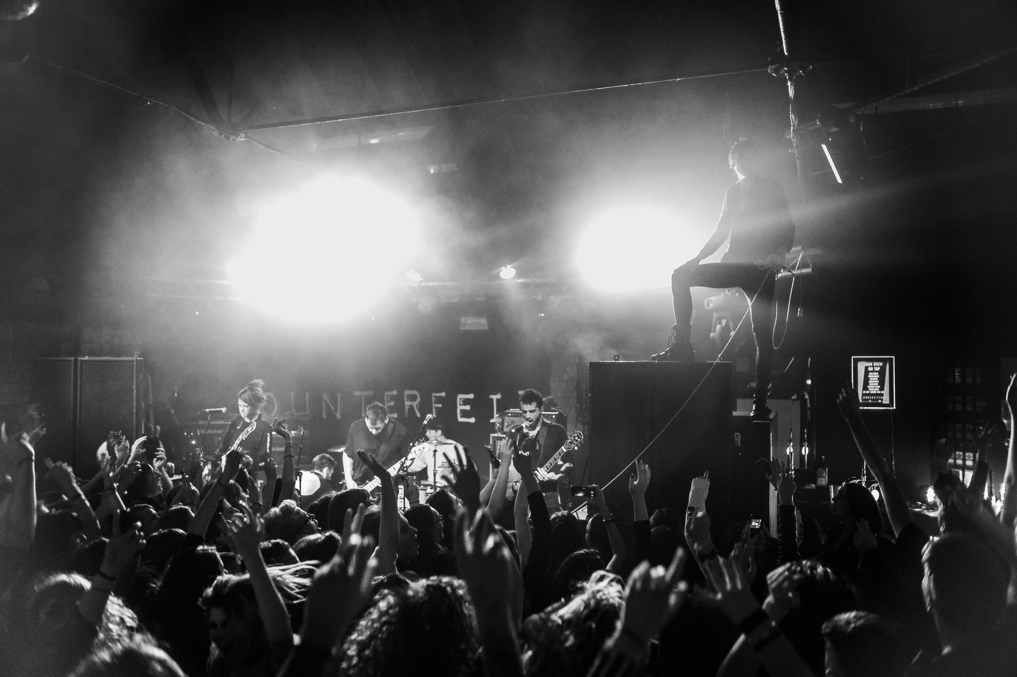 Massive love to Nottingham for last night. Birmingham you're up. �� - @alexjayphoto https://t.co/7EkTFGnwLw