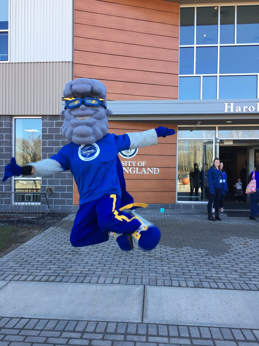Stormin Norman&#39;s Ready! Are you? #UNEday17 #UNE <br>http://pic.twitter.com/e25akIVorH