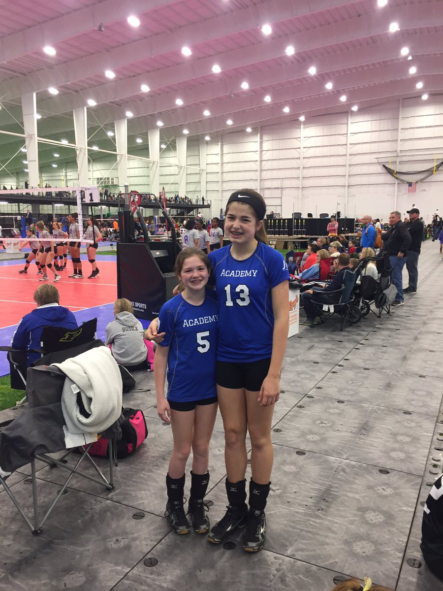 Happy 13th Birthday to these two @TheAcademyVB Eagles! They played great in the semis.. now Get that Gold Medal B-day present!!! #Volleyball <br>http://pic.twitter.com/lTV4QpCM0d