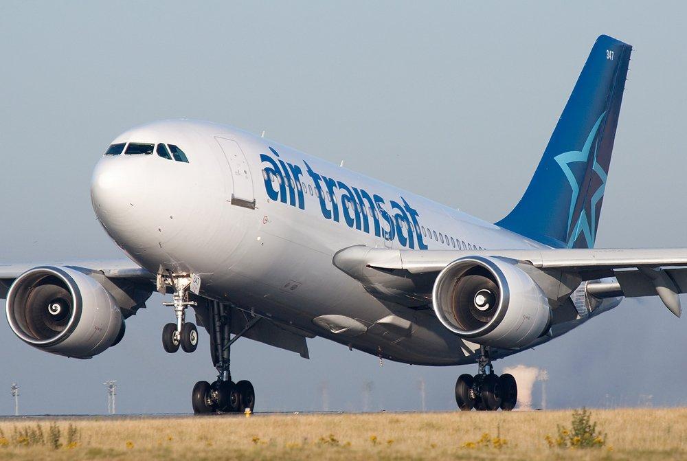 Smooth #touchdown for this @airtransat #A310 at @ParisAeroport #CDG  http://www. joelvogt.net/aviation/spott erbrowser/imgview.php?id=11726 &nbsp; …  #avgeek #aviation #Paris #France<br>http://pic.twitter.com/QSvtTNaQom