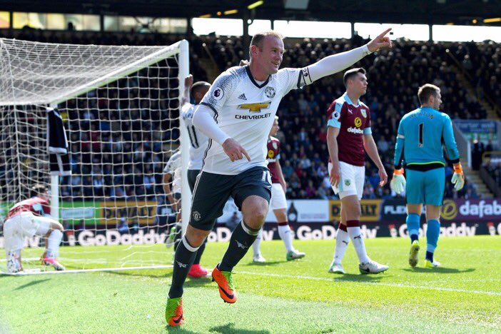 Good win today and a solid performance from the team. Time to get ready for Thursday  #mufc <br>http://pic.twitter.com/aTVXrUyLVE