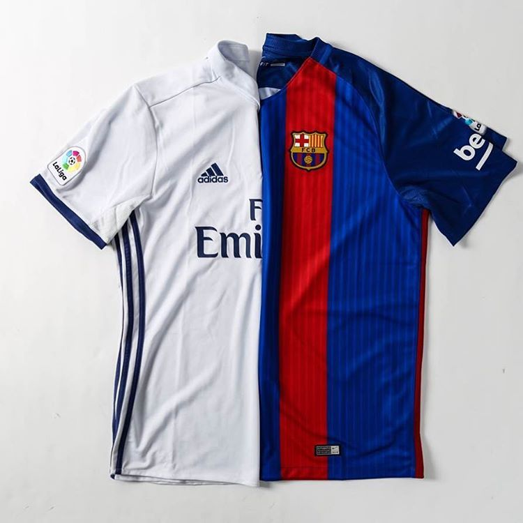 We&#39;re also giving a jersey of the team who wins #ElClasico  today! To enter, RT and comment either #RealMadrid or #Barcelona!<br>http://pic.twitter.com/Y86y9vsdnV