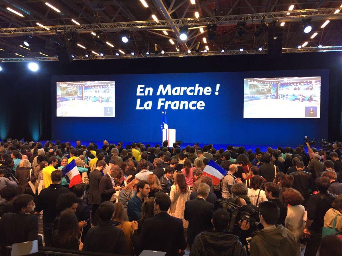 #Presidentielle2017 1st official results:  #Macron: 23.8% #LePen: 21.6% #Fillon: 20.3% #Melenchon: 19.6% <br>http://pic.twitter.com/dIKFL5PyoU