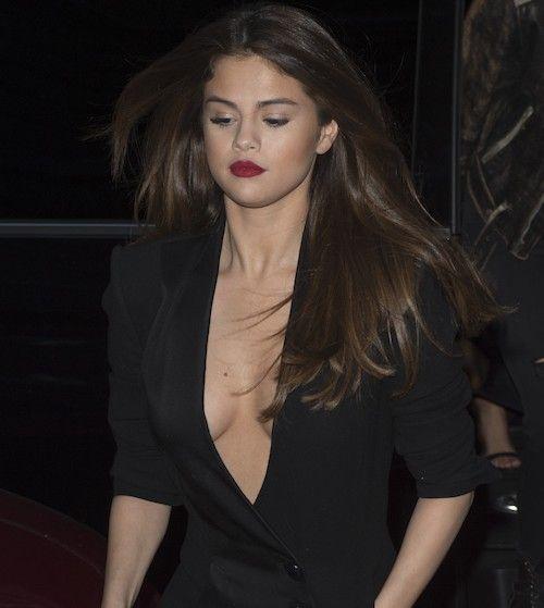 famous boob slips
