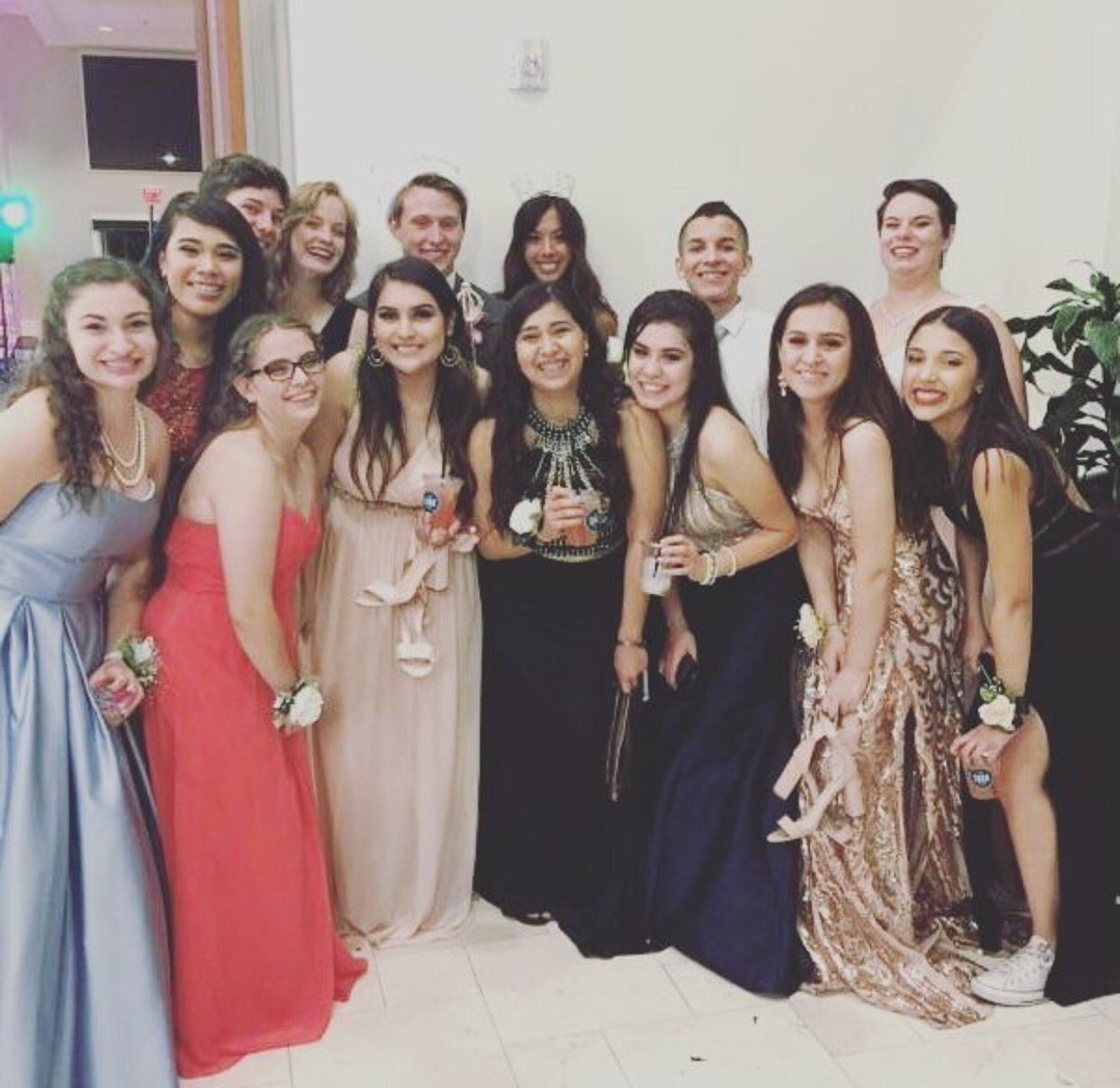here's a part two with my favorite peeps post prom