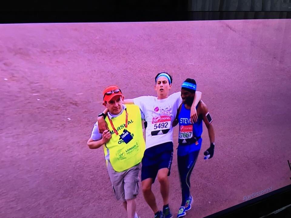 Here is our own Stephen Plummer being a #hero @LondonMarathon <br>http://pic.twitter.com/HXC6QJ478B